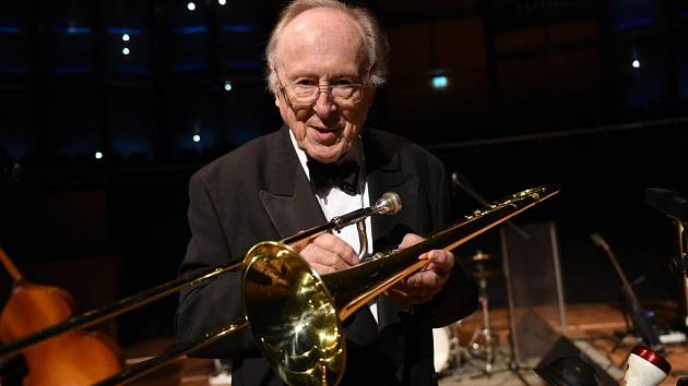 Jazzová legenda Chris Barber