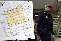 Policie na tiskové konferenci uvedla, že toto bylo jediné možné řešení, jak útočníka zlikvidovat bez ohrožení dalších policistů.
