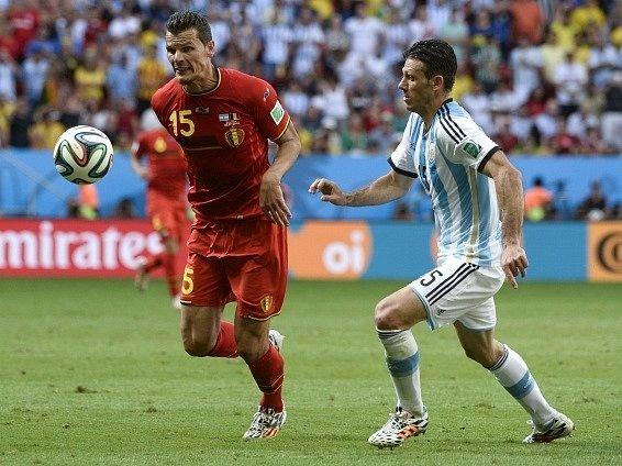 Daniel Van Buyten v zápase proti Argentině