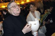 Choreograf Pavel Šmok převzal v roce 2006 zvláštní cenu kolegia pro udělování cen Thálie.