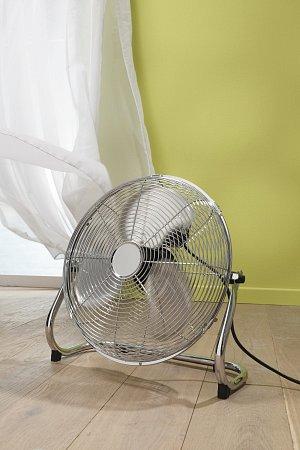 Podle místa, kam máte vplánu větrák umístit, se rozdělují ventilátory na stolní, stropní a podlahové.