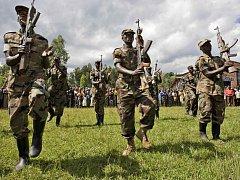 Na východě Demokratické republiky Kongo, dlouhodobě sužovaném střety mezi vládními vojsky a rebely z řad Tutsiů, se rozhořely nové boje.