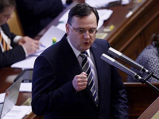 Premiér Petr Nečas při projevu ve Sněmovně