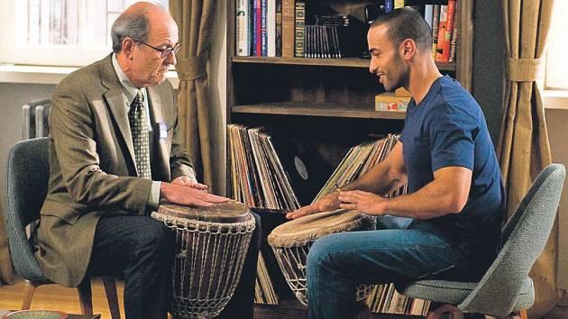 Nezvaný host (Richard Jenkins, Haaz Sleiman)