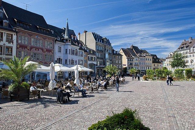 Alsaské město Mylhúzy ležící nedaleko německých a švýcarských hranic se stalo základnou francouzského vraha