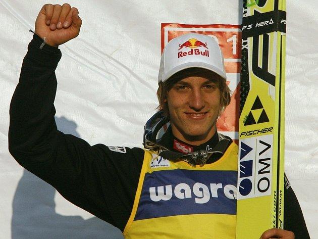 Rakouský skokan na lyžích Gregor Schlierenzauer po triumfu v polském Zakopaném.