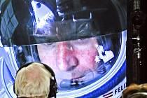 Rakušan Felix Baumgartner se stal prvním člověkem, který volným pádem překonal rychlost zvuku.