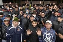 Protivládní demonstranti v Biškeku, 6. října 2020