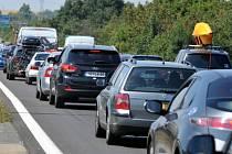 Kolona na dálnici  - ilustrační foto