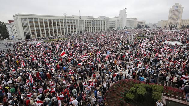 Demonstrance v Minsku proti výsledkům prezidentských voleb