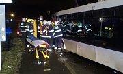 Nehoda autobusu v Horních Počernicích