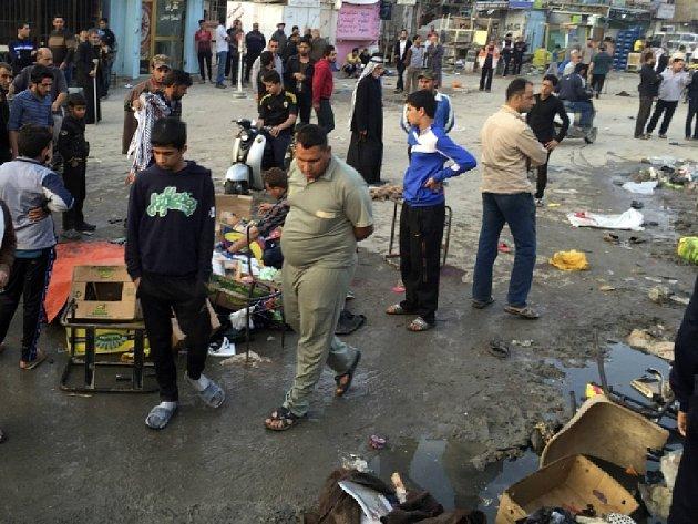 Sebevražedný atentát v iráckém městě Hilla si vyžádal nejméně 60 mrtvých či zraněných. Ilustrační foto.