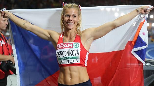 Šťastná Nikola Ogrodníková