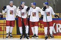 Čeští hokejisté Dmitrij Jaškin, Martin Nečas, David Krejčí a David Pastrňák na tréninku české hokejové reprezentace.