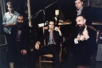 Už v pátek bude v Praze hrát Nick Cave se svou skupinou The Bad Seeds.