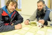 projekt teplá židle pro lidi bez domova