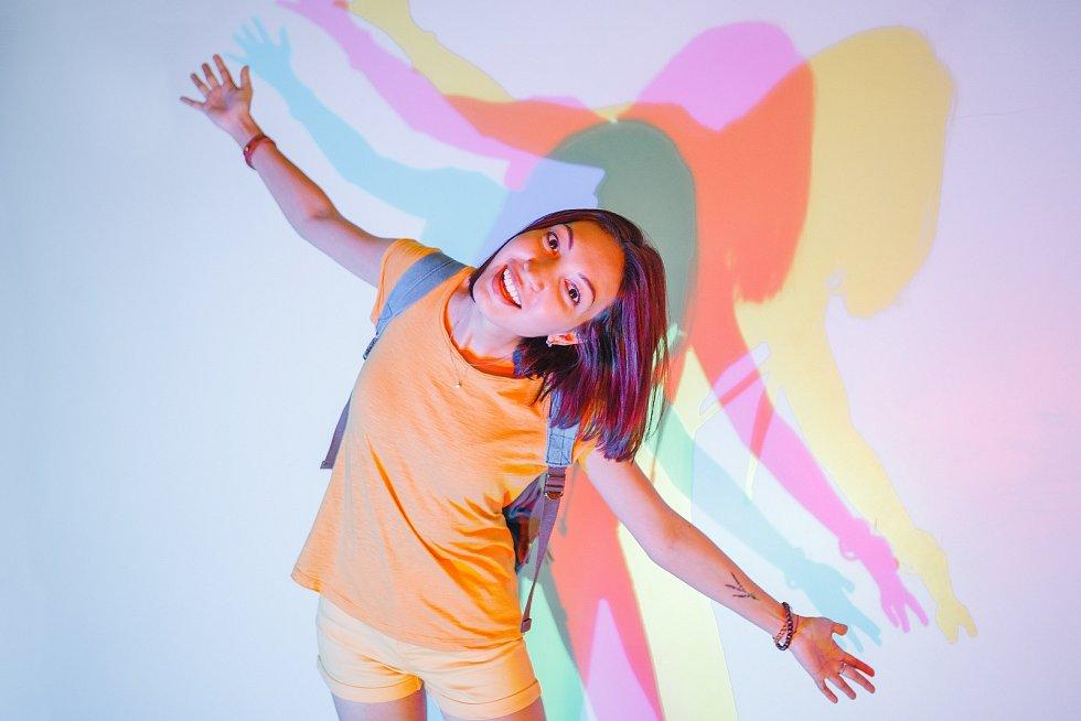 Barvy a jejich odstíny hrají v našem životě významnou roli, mohou nám přidat na kráse, nebo naopak dost pokazit náladu.