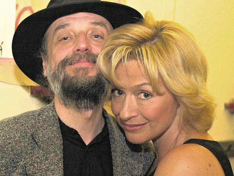 Jana Paulová se svým mužem Milanem Svobodou na koncertě v pražském Vinohradském divadle.