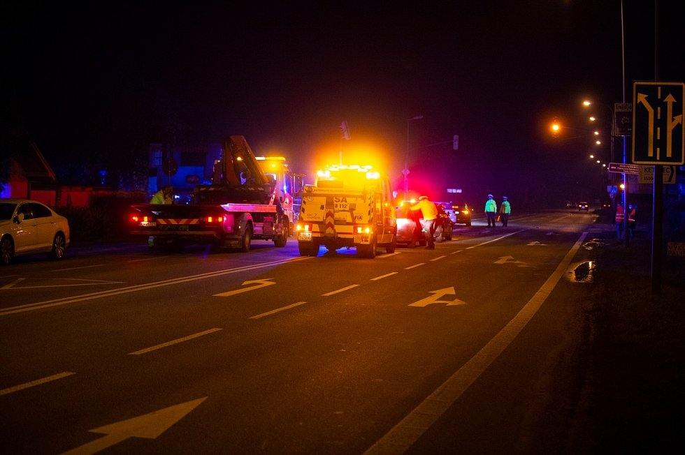 Nehoda, při které byl zraněn předseda slovenského parlamentu Boris Kollár a další tři lidé.