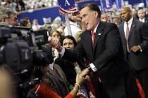 Republikán Mitt Romney přijal v Tampě na Floridě nominaci své strany na amerického prezidenta.
