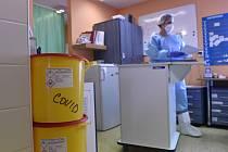 Péče o pacienty s covidem v krnovské nemocnici