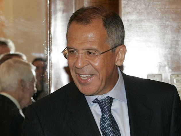 Nynější kolo rusko-amerických rozhovorů o omezení strategických jaderných zbraní skončilo. Ruský ministr zahraničí Sergej Lavrov zdůraznil, že se musejí vzít v úvahu plány na výstavbu amerického protiraketového štítu.