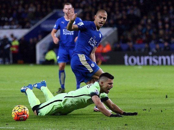 Leicester remizoval s Manchesterem City