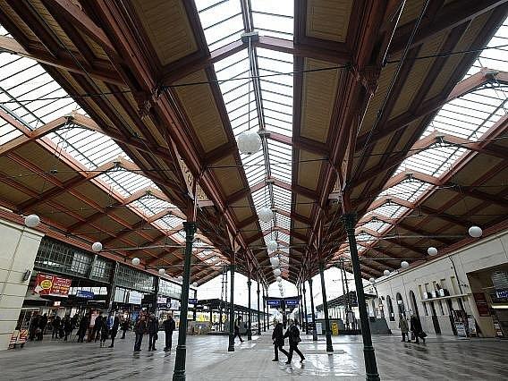 Zrekonstruovaná část Masarykova nádraží v Praze byla slavnostně otevřena 2. prosince.