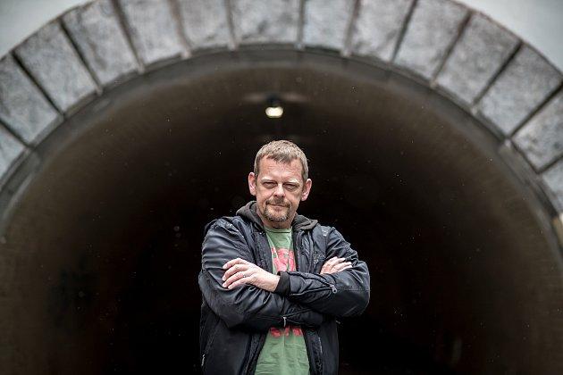Martin Stránský při fotografování pro Deník 29.května.