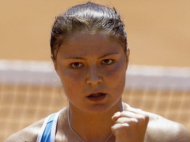Světová jednička Ruska Dinara Safinová prozatím na Raland Garros září.