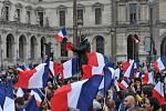 Radost ve francouzských ulicích