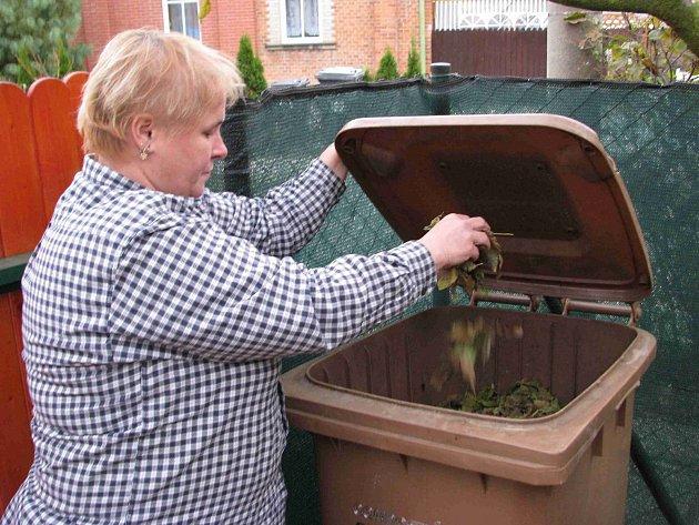 Chceme třídit bioodpad, vzkazují Brňané. Za hnědé popelnice podepisují petici