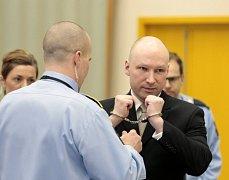 V Norsku dnes končí soudní jednání v případu, v němž terorista Anders Behring Breivik kvůli podmínkám svého věznění žaluje stát za porušování lidských práv.
