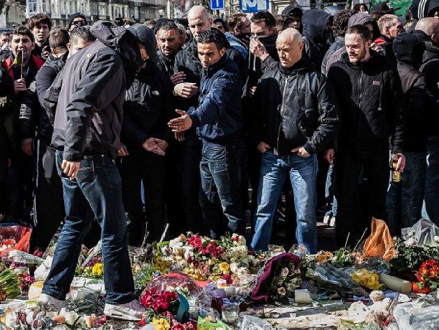 Úterní teroristické útoky v Bruselu si podle nové bilance vyžádaly nejméně 35 mrtvých včetně tří útočníků.