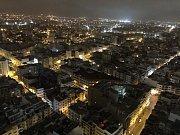 Casablanca , severoafrická metropole je moderním velkoměstem západního stylu - noční pohled na město