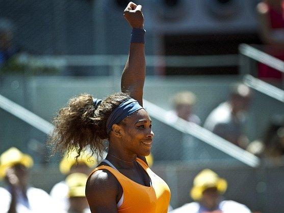 Serena Williamsová slaví titul v Madridu