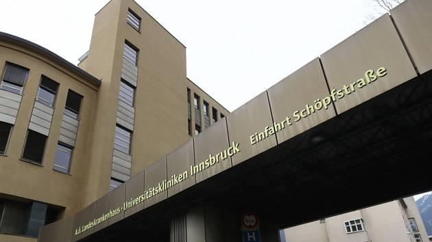 Nemocnice v rakouském Innsbrucku na snímku z 25. února 2020