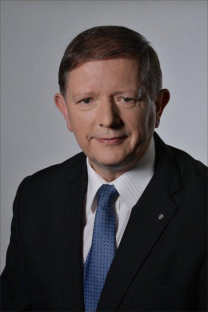 Jedničkou a lídrem KSČM do podzimních parlamentních voleb je bývalý poslanec Pavel Hojda z Chebu.