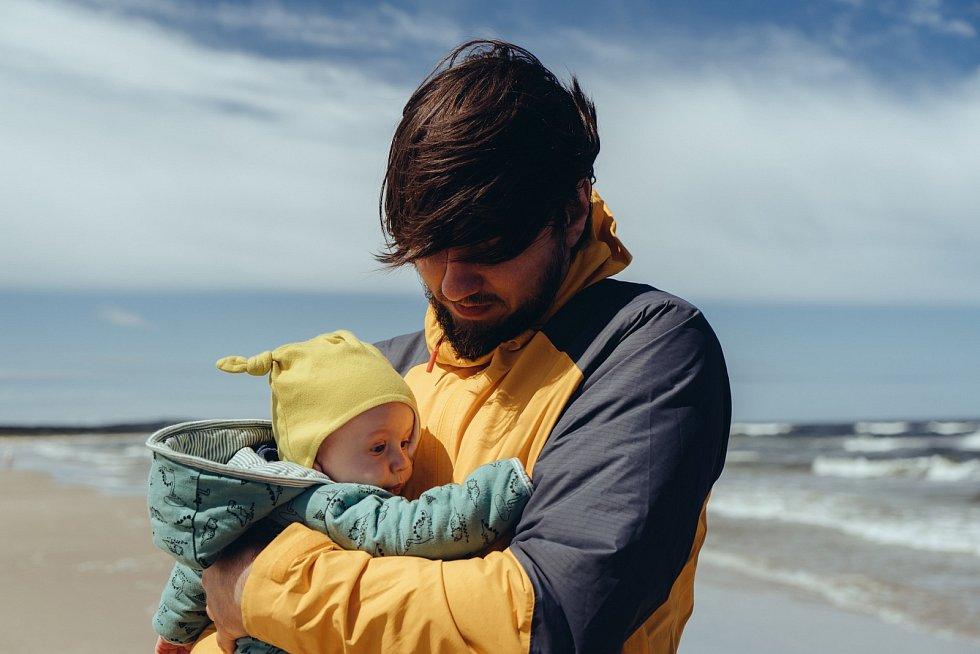 Otcovská dovolená se prodlouží.
