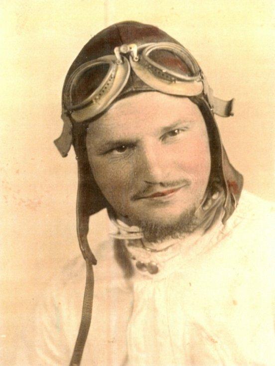 Milo Komínek v roce 1946