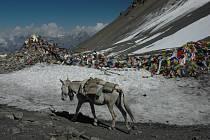 Nepál – Tek kolem Annapuren, promítání filmu, beseda