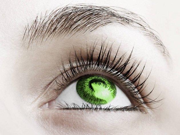 Nádor na mozku, některé druhy leukémie a v některých případech virus HIV lze vedle dioptrií odhalit podle primářky Věry Kalandrové důkladným očním vyšetřením.