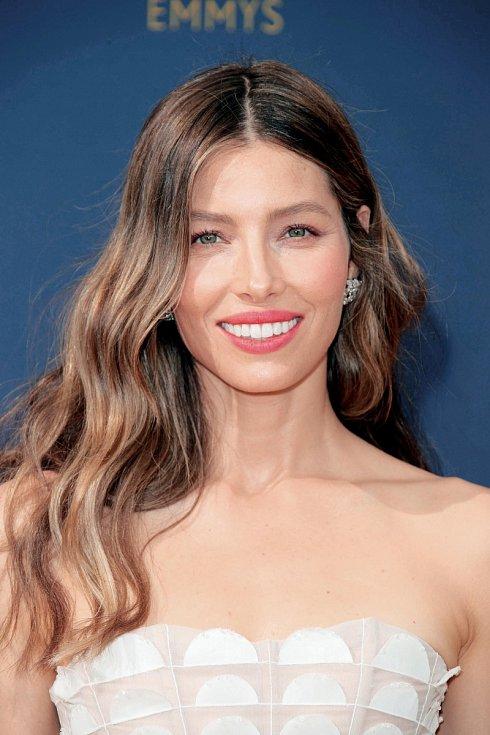 V roce 2005 ji časopis Esquire zvolil nejvíc sexy ženou planety.