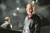 VESMÍRNÝ PROJEKT. Planety jazzového klavíristy Mateje Benka.