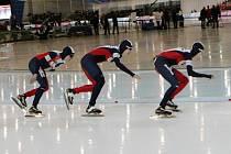 České družstvo rychlobruslařek na mistrovství světa ve Vancouveru.