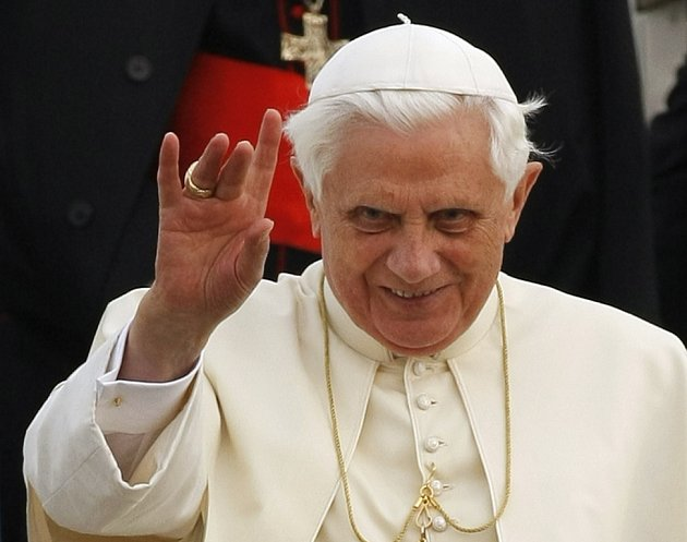 Papež se v Austrálii omlouval za sexuální prohřešky kněží.