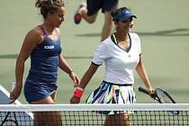 Barbora Strýcová se Saniou Mirzaovou