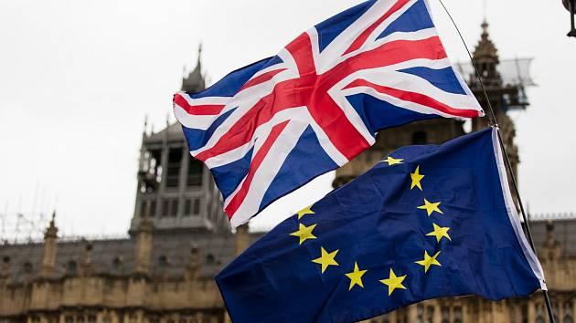 Británie se po brexitu Británie stává pro občany z EU cizinou, tvrdší a vzdálenější a nepříznivější než třeba Island.