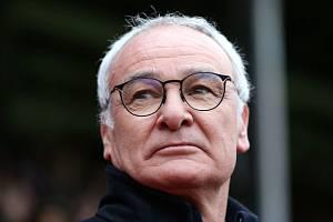 Trenér Claudio Ranieri dovedl fotbalisty Leicesteru k titulu v Premier League.