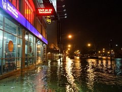 Bouře zatopila ulice New Yorku